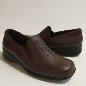 NWOT Cobbie Cuddlers Women's Leather Loafers